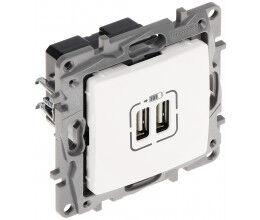 Double ports USB pour charge téléphone 2.4A/5V gamme Niloé - Legrand